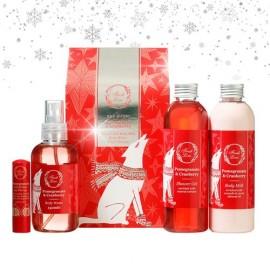 FRESH LINE Gift Set Pomegranate & Cranberry,  Αφρόλουτρο - 200ml, Γαλάκτωμα Σώματος - 200ml, Body Water - 150ml, Θεραπεία χειλιών - 5,4g